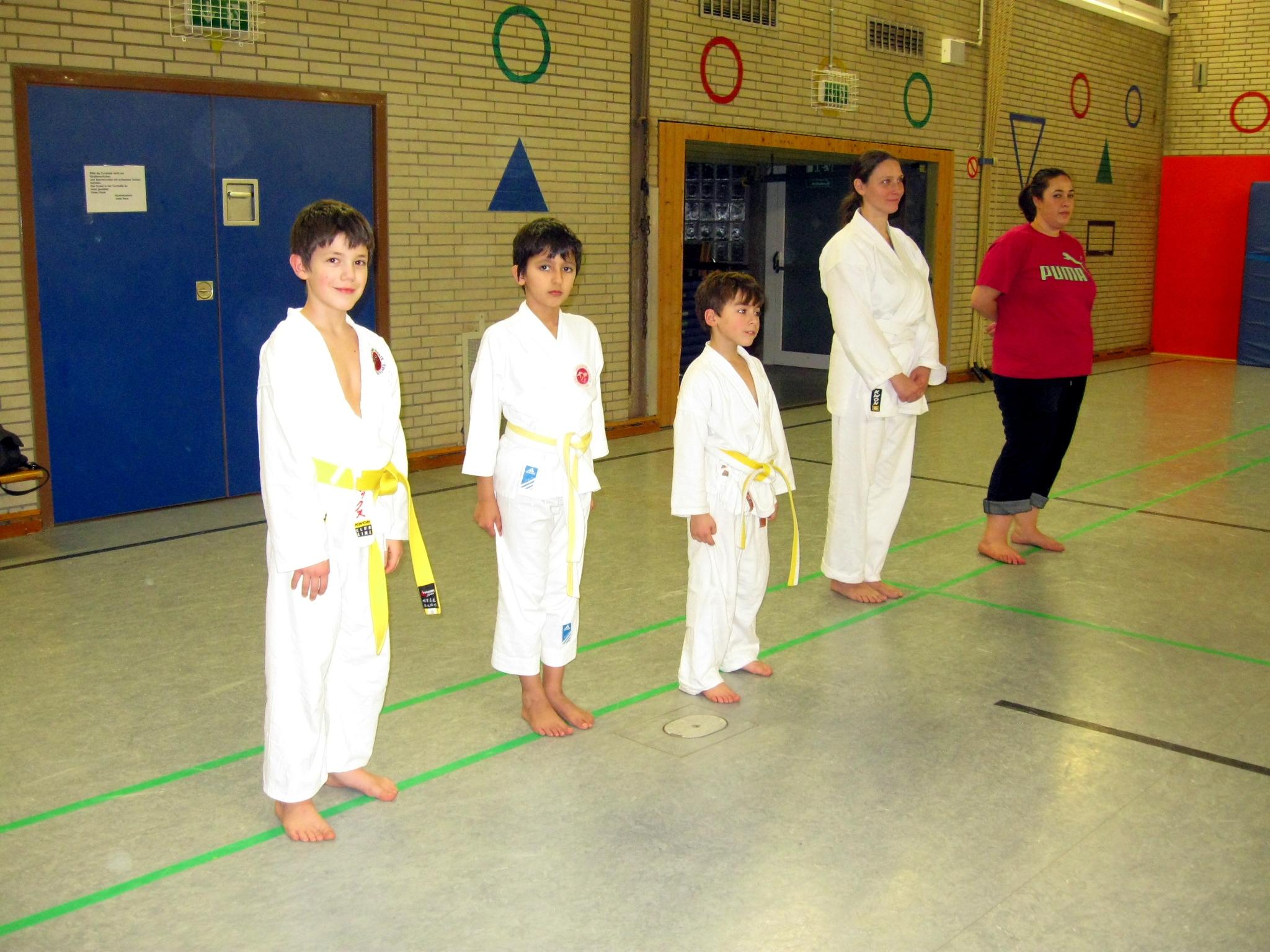 Karate Kyu Prüfung Düsseldorf Holthausen