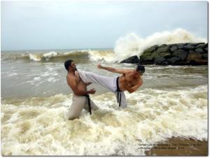 Karate-Duesseldorf-Sensei-Laszlo-Harsanyj-Sri-Lanka-2015-Sea